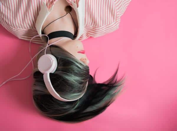 listening to music humming