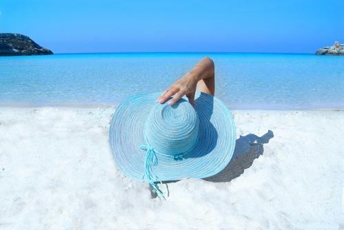 hat on sand relaxation techniques for health